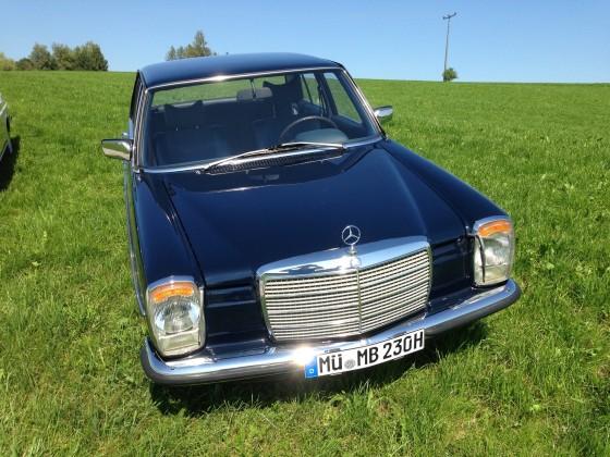 W114 Blau 230.6